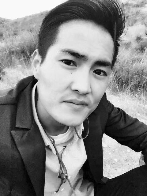 本人男,26岁,藏族,学历高中,想在西宁市找份工作