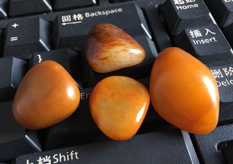 和田玉籽料原石的魅力