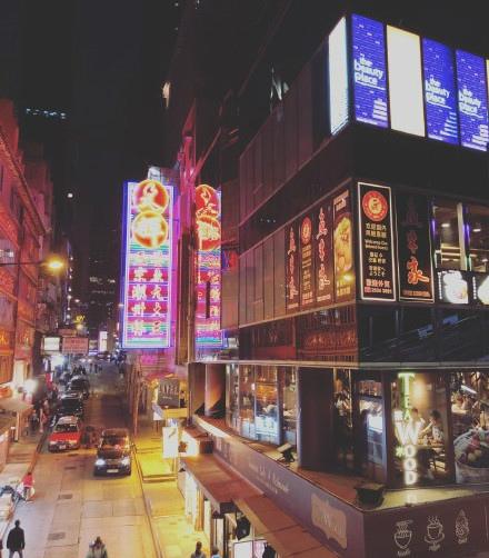 今年就年假去了个香港,花了挺多钱,好奇你们每年的旅行预算是多少