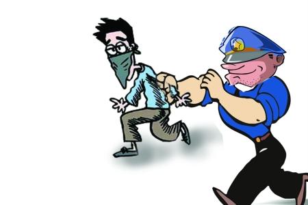 西宁拉车门盗窃 嫌疑人被擒