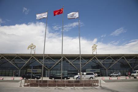 西宁机场迎来春节去程高峰