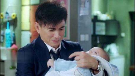 刘诗诗结婚4年还没怀孕,今在国外做试管,打排卵针打到全身浮肿