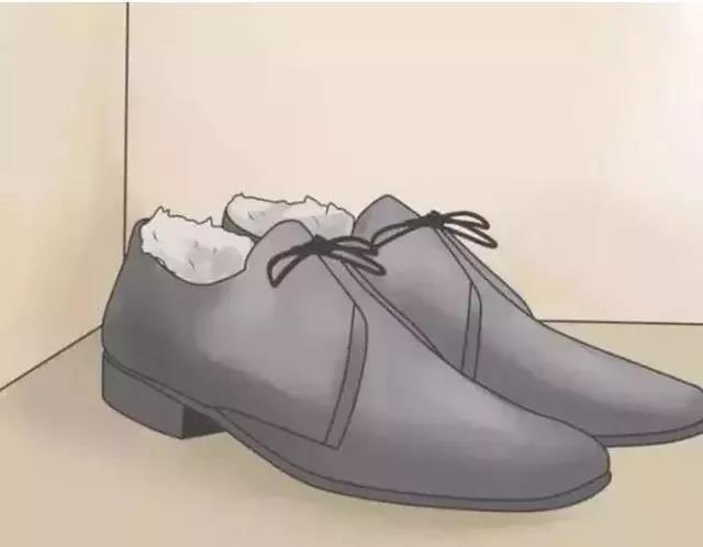 原来新鞋里的纸团这么有用,以后再也不扔了!