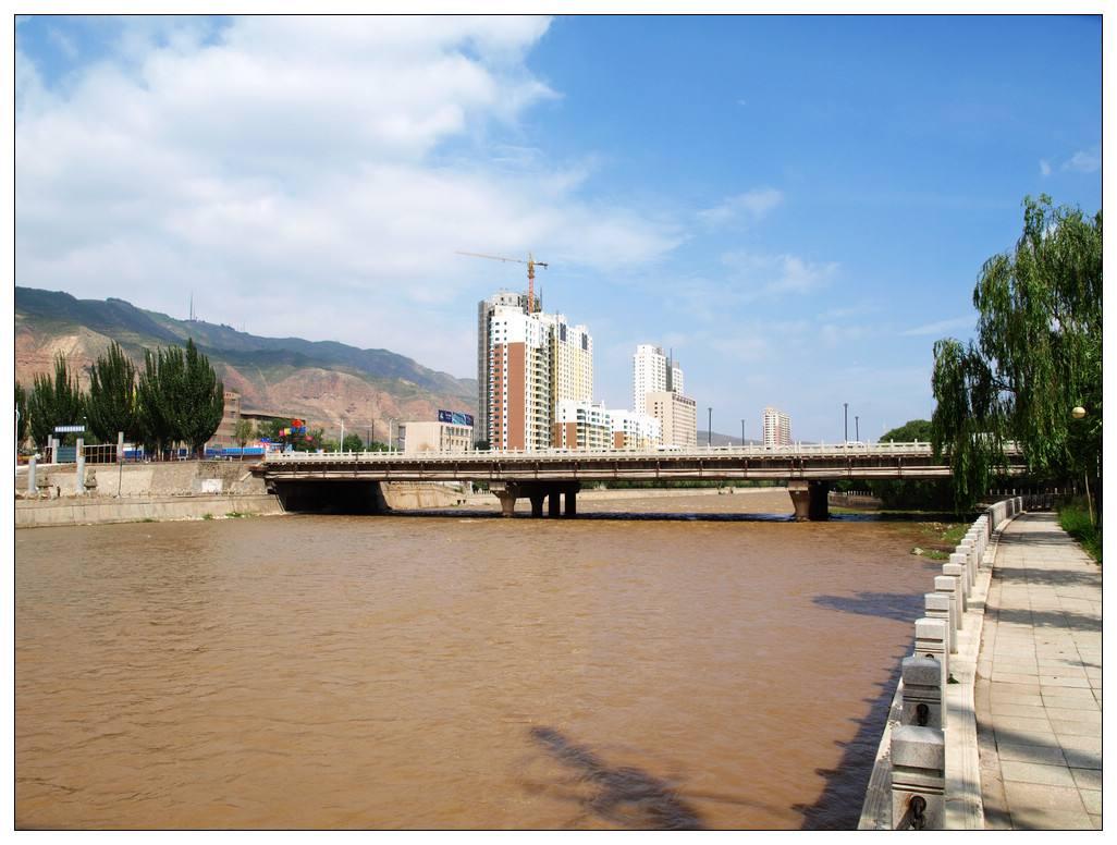 湟水河西宁城东段发现男尸……