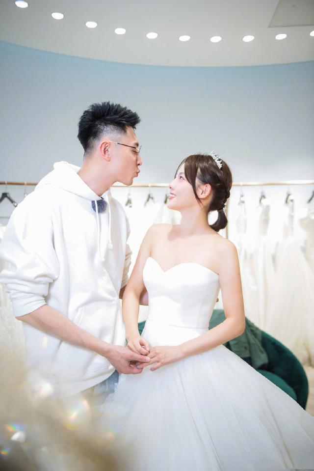《妻子的浪漫旅行2》张嘉倪太美了!老公说自己最喜欢的事是陪着老婆孩子玩!