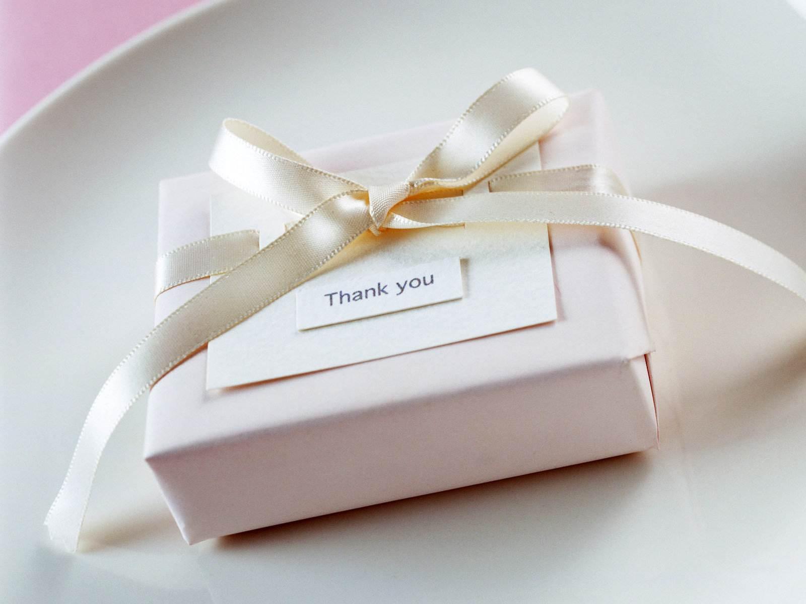 发现老公和他同学在微信里谈情说爱,还私底下送礼物!