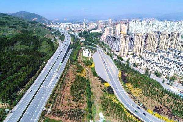 西宁南绕城东延柳湾互通至平安东段公路工程建设提速